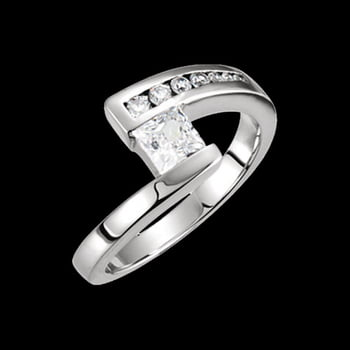Platinum Pass Princess Diamond Ring