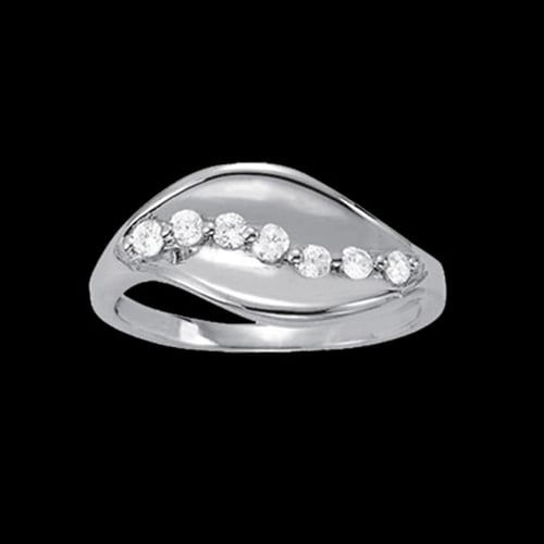 Platinum Diamond Leaf Ring