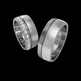 Platinum Diamond Wedding Band Set