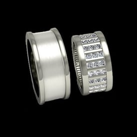 Exquisite Platinum Wedding Band